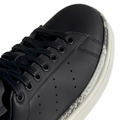 adidas Stan Smith BD8053 Release Info |