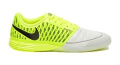 Shoes Soccer Nike Lunargato II IC