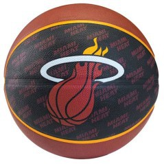 Pallone basket Miami Heat
