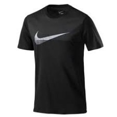T-Shirt uomo Metalic Swoosh nero-bianco.