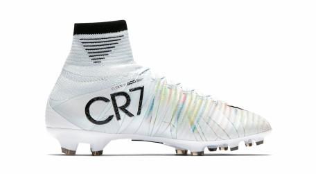 cr7 scarpe calcetto