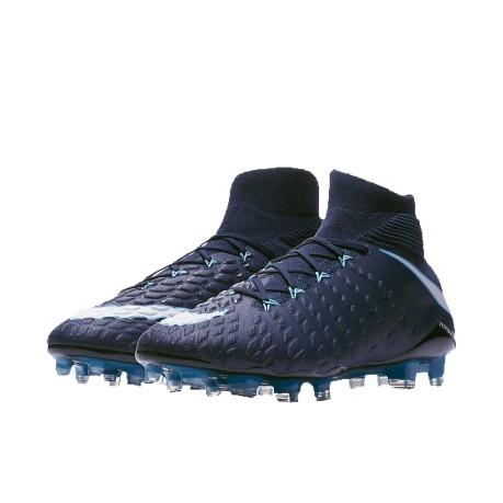 official photos 1546e 6b259 Las botas de fútbol Nike HyperVenom Phantom II FG azul claro