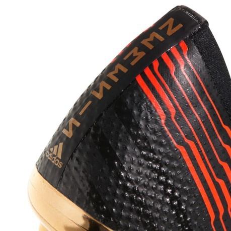 3e8b4cb52a068 scarpe-calcio-adidas-nemeziz-17-nere-rosse.jpg