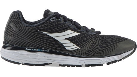 Running shoes Woman Mythos Blusheld Fly HP black white