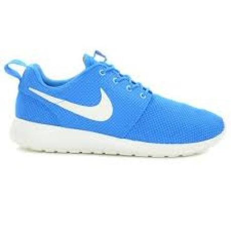 100% authentic b0cd3 6990a Scarpa da uomo Nike Rosherun