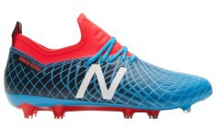 Soccer shoes New Balance Tekela Magic FG right